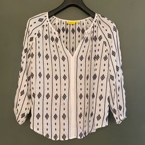 [Anthropologie]White/Black Embroidered Blouse - XS
